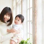 妊娠中よりも産後のほうが抜け毛が多い理由と対策